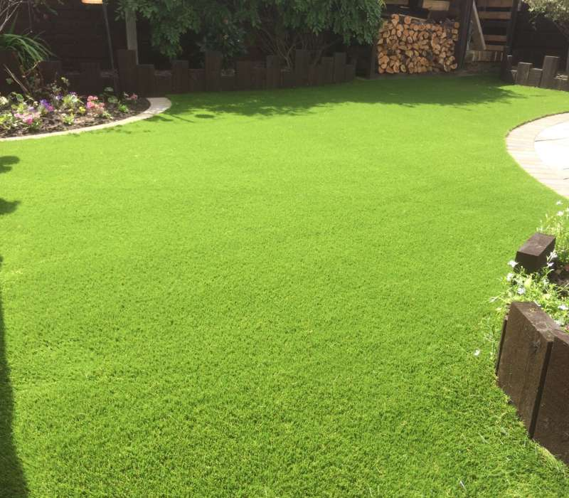 Superlawn 30 Softfeel (1.7m x 2m) Image 2124